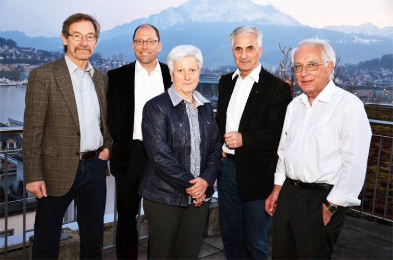 Sie leiten den Verein «Luzerner Landeswallfahrt zu Fuss nach Einsiedeln» (von links): Hans Moos, Edi Wigger (Geschäftsführung), Marianne Kneubühler (neu im Vostand), Hubert Aregger (Präsident) und Guido Saxer. | © 2012 Dominik Thali