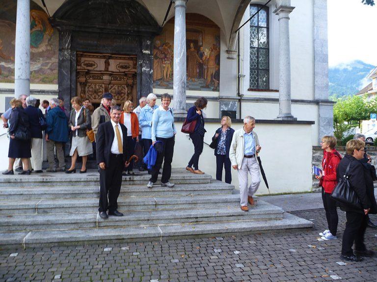 Nach dem Gottesdienst in der Pfarrkirche Sachseln zur Eröffnung des Wallfahrtstags.