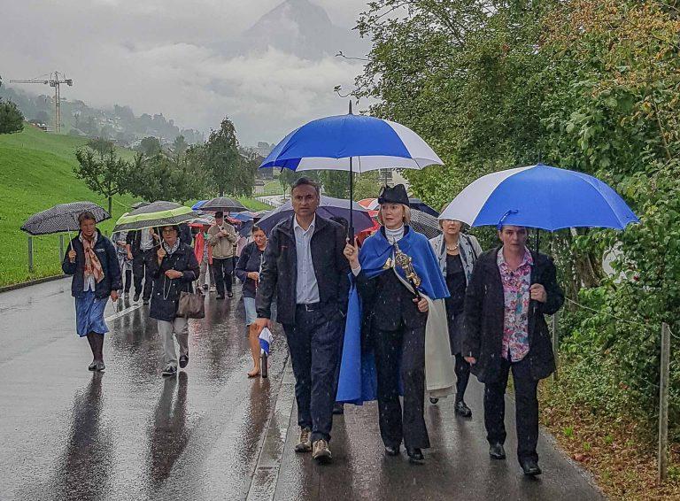 Die Luzerner Pilgerinnen und Pilger unterwegs von Sachseln auf das Flüeli. | © 2017 Joseph Durrer